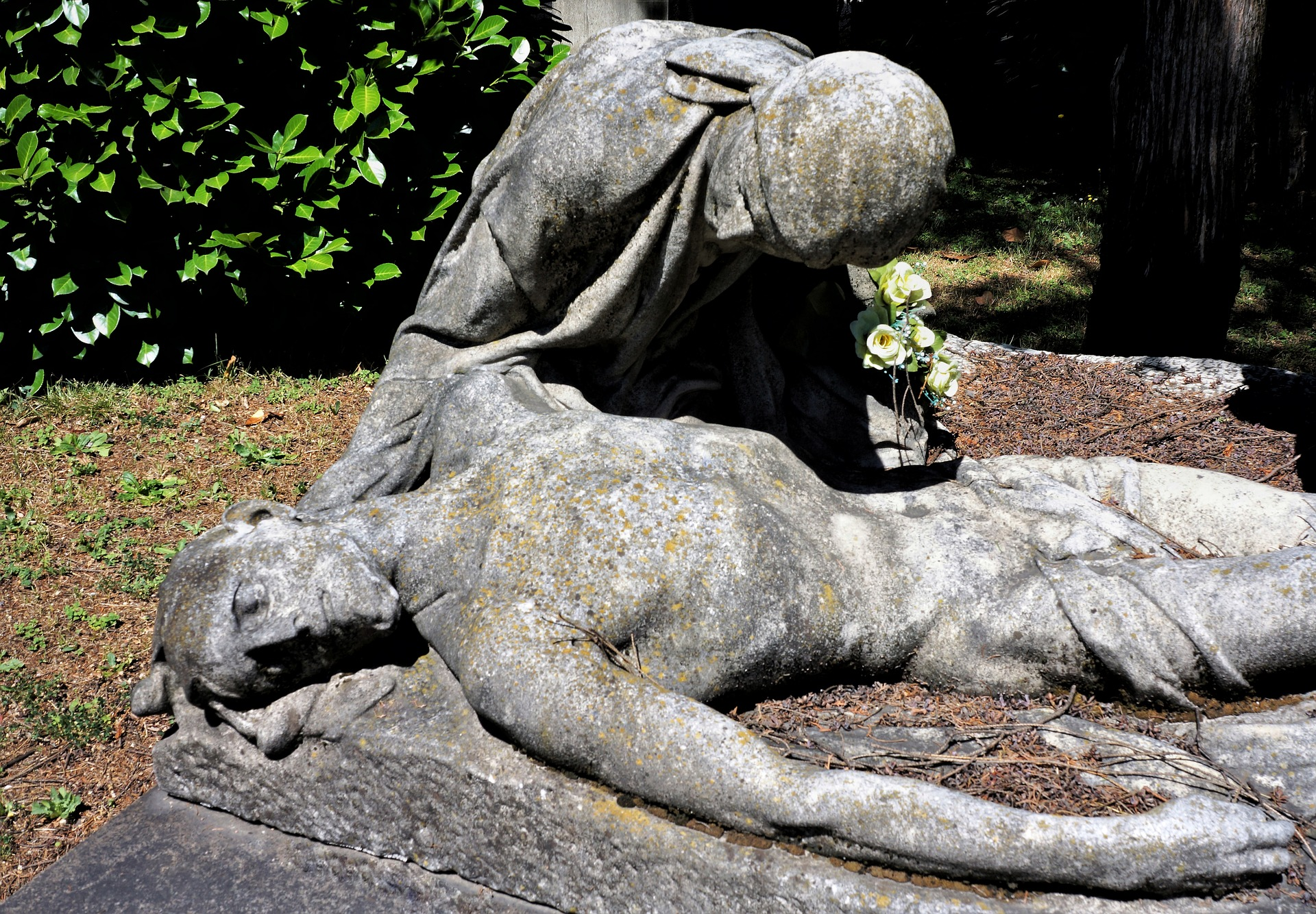 Dying sculture